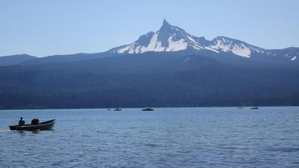<p>Diamond Lake is a top trout fishing destination in the Pacific Northwest.</p>