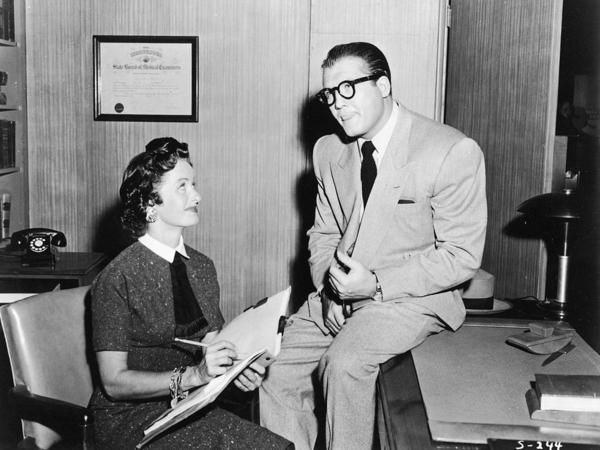 Noel Neill and George Reeves as Lois Lane and Clark Kent/Superman.