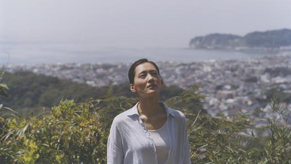 Sachi Koda (Haruka Ayase) in <em>Our Little Sister.</em>
