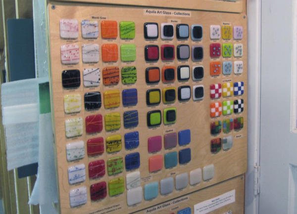 <p>Bullseye's wide range of compatible colors for fused glass projects have made the company a desirable supplier for schools like Aquila.</p>