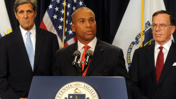 Former Mass. Gov. Deval Patrick speaks at a news conference in 2009.