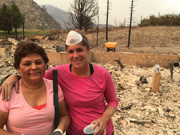 Friends sip margaritas and help dig for jewels and gold after a fire destroyed a brand new home near Chelan, Washington, in 2015.
