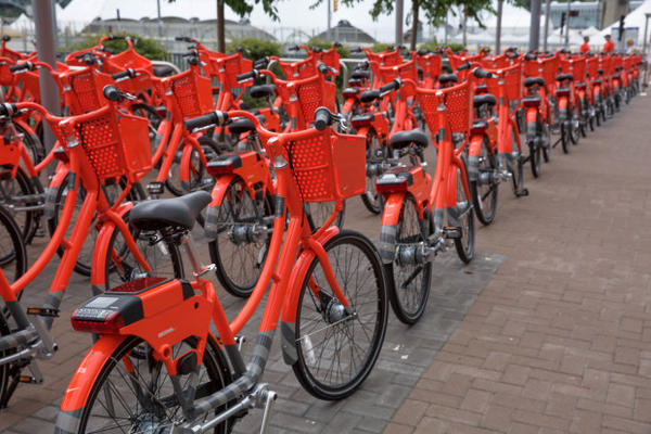 <p>Portland's BIKETOWN is the nation's largest smart bike share program with 1,000 bikes.</p>
