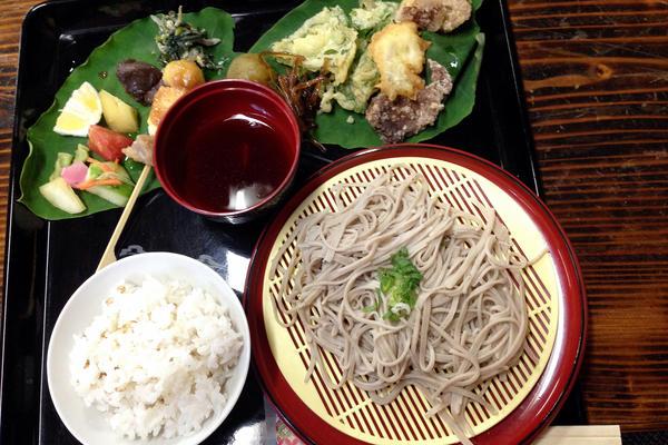 Soba noodles served at Tsuzuki Soba House.