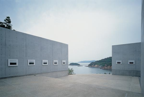 Hiroshi Sugimoto's <em>Time Exposed</em> seascape is exhibited at the Benesse House Museum.