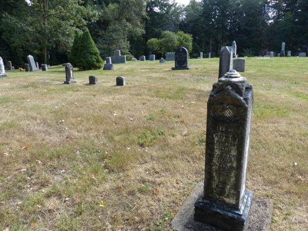 <p>Oak Hill Cemetery offers natural burials.</p>