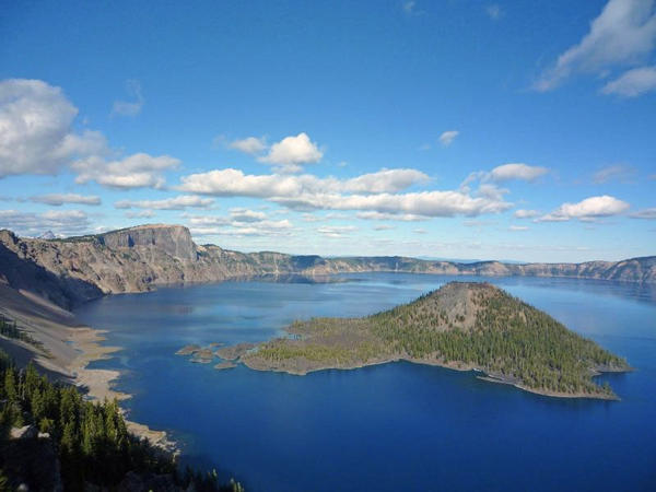 A summertime view of Crater Lake and Wizard Island.