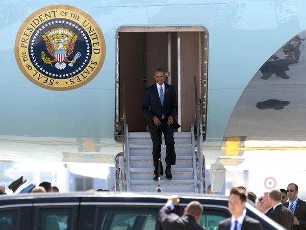 HANGZHOU, CHINA -  US President Barack Obama disembarks from Air Force One upon his arrival at Hangzhou Xiaoshan International Airport in Hangzhou, Zhejiang Province of China.