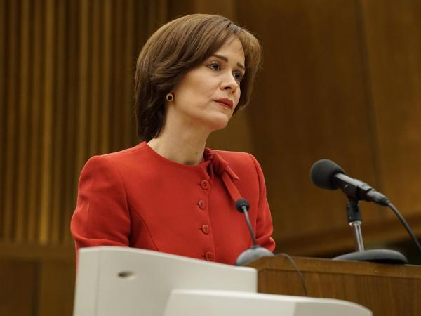 Sarah Paulson in <em>The People v. OJ Simpson</em>.