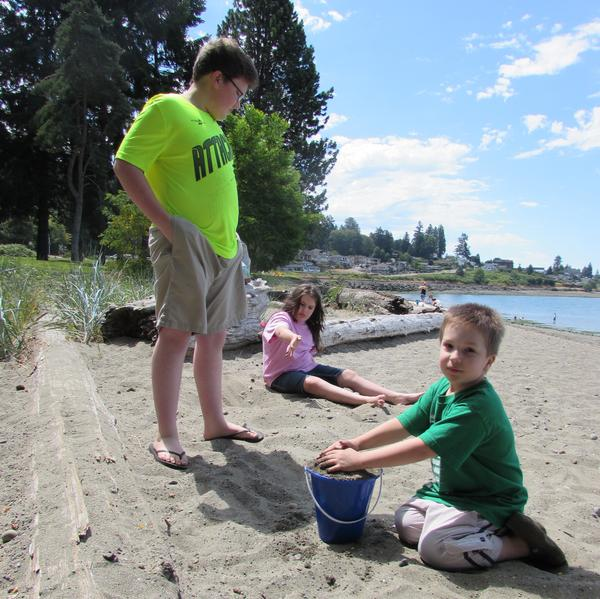 Three members of the Owen family - Chandler, Emily, and Joshua - take a homeschool 'field trip' to Sunnyside Beach, Wash.