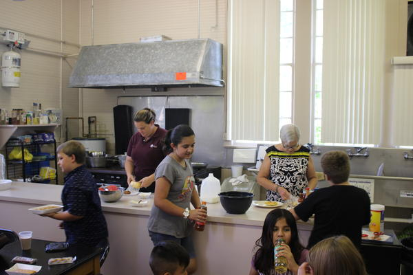Lunchtime at Duette Elementary