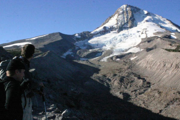 <p>A view from the edge of the Eliot Creek drainage, looking up toward the glacier.</p>