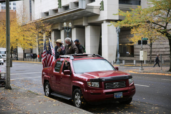 <p>Bundy supporter Brand Nu Thornton blew his shofar in the back of a pickup truck, circulating the streets of downtown Portland.</p>