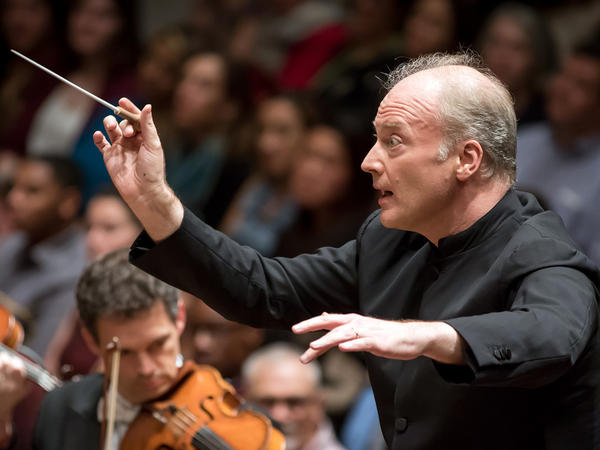Gianandrea Noseda thinks jeans and T-shirts at classical concerts are just fine.