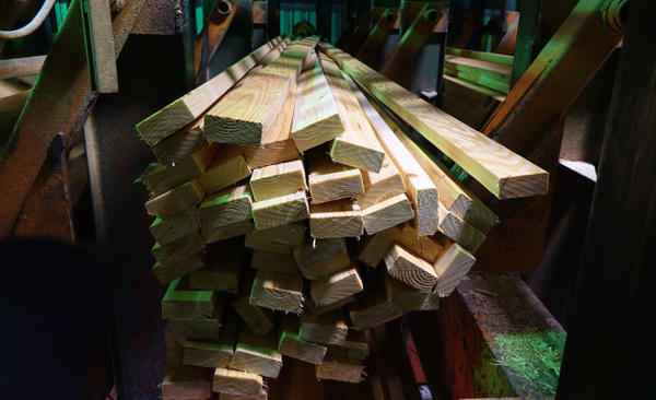 <p>Lumber is automatically sorted at the Swanson Mill in Glendale, Oregon.</p>