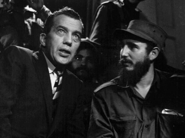 Fidel Castro talks with Ed Sullivan, television variety show host and New York <em>Daily News</em> columnist, Jan. 6, 1959.