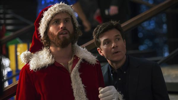 (Left to right) T.J. Miller as Clay Vanstone, Jason Bateman as Josh Parker in <em>Office Christmas Party.</em>