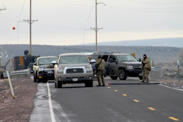 <p>FBI officials said any vehicles approaching the checkpoints outside the refuge would be stopped and searched, and all occupants of the vehicles were to present identification.</p>