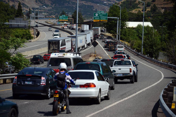 <p>Traffic backed up on I-84 in Hood River due to oil train derailment in Mosier.</p>