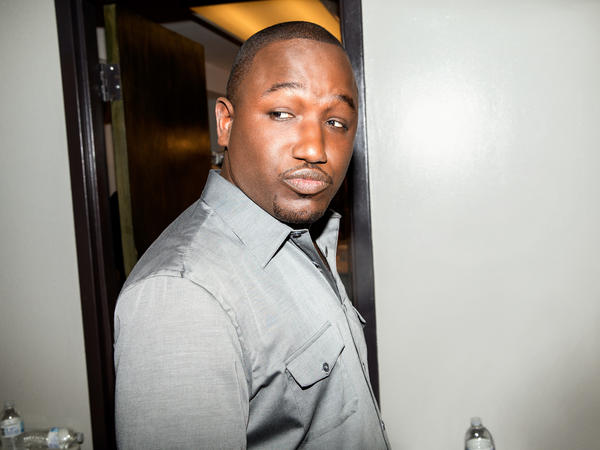 Comedian, actor and writer Hannibal Buress is our guest on this week's <em> 1</em> podcast.