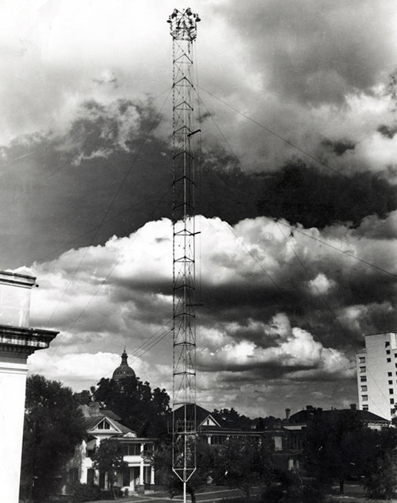 An archival photo of an Austin moonlight tower from September 4, 1945.
