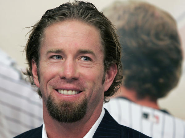 Houston Astros longtime first baseman and four-time All-Star Jeff Bagwell is announces his retirement from baseball in 2006. Bagwell was elected to the Hall of Fame Wednesday.