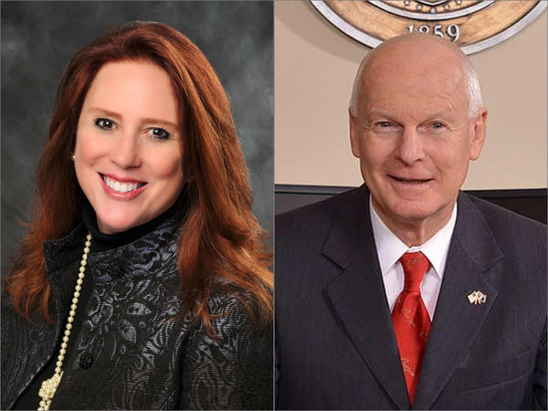 Washington Secretary of State Kim Wyman, left, and Oregon Secretary of State Dennis Richardson