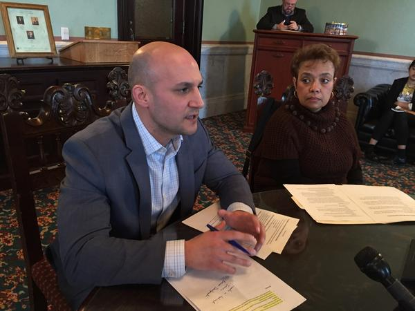 Sen. Joe Schiavoni (D-Boardman), minority caucus leader, with Sen. Charleta Tavares (D-Columbus) to discuss legislative priorities for 2017.
