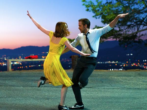 Emma Stone and Ryan Gosling in the musical comedy <em>La La Land</em>.