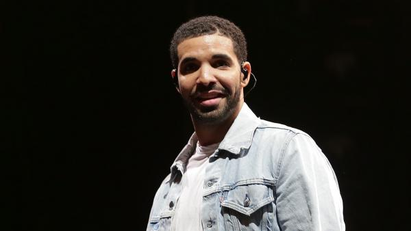 Drake performs on February 28, 2015 in Sydney, Australia.