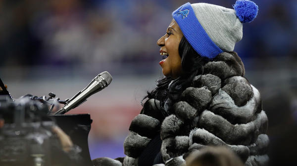 Detroit native Aretha Franklin sings the national anthem prior to the start of the Detroit Lions and the Minnesota Vikings game at Ford Field on Nov, 24, 2016.