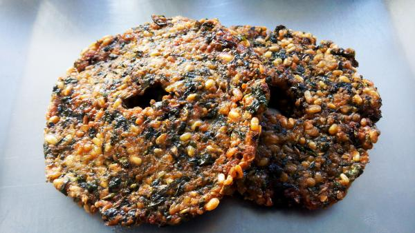 Crispy and flavorful masala vadai is a popular street food in  South India.