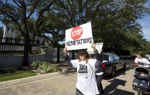 Groups from all around Texas marched to the Governor's Mansion to show support for DACA and DAPA.