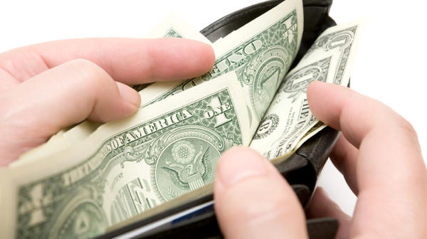 Rhode Island's minimum wage will increase from $7.40 to $7.75.