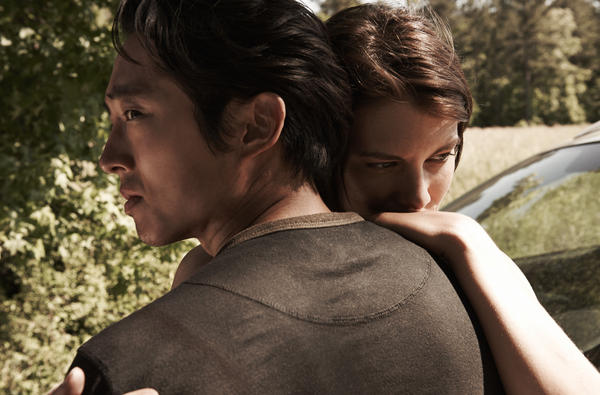 Glenn Rhee (Steven Yeun) and Maggie Greene (Lauren Cohan) - <em>The Walking Dead</em> - Season 4
