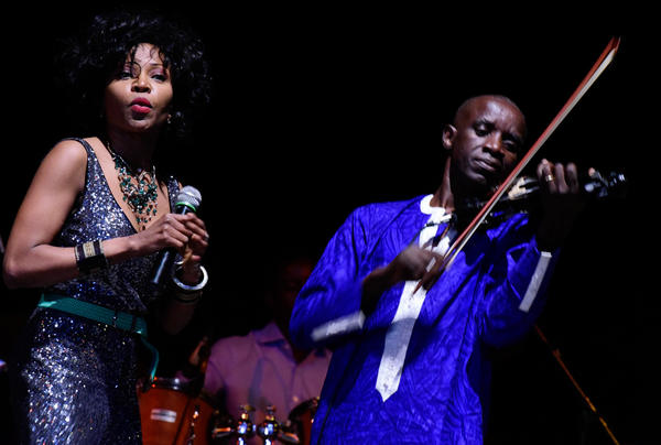 Colombian singer Nancy Murillo, left, and Senegalese violinist William Badji.