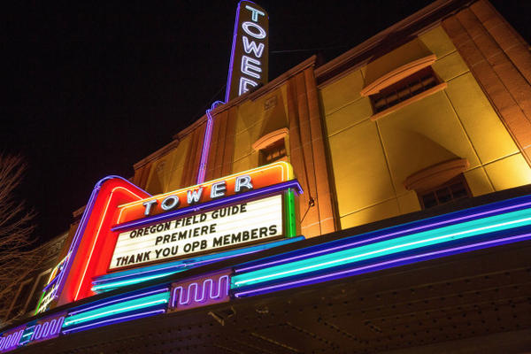 <p>The Tower Theatre marquee gives thanks to OPB members Thursday, March 16, 2017 in Bend, Oregon.</p>