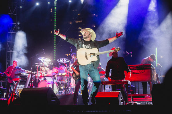 Garth Brooks at Auditorium Shores.