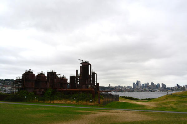 <p>Seattle's iconic Gas Works Park preserves the city's industrial past--in more ways than one.</p>