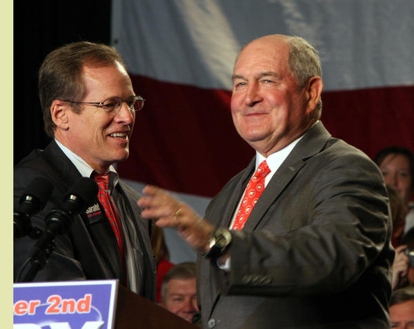 Then-Georgia Gov. Sonny Perdue, right, greets u.S. Rep. Jack Kingston at a 2008 political event.