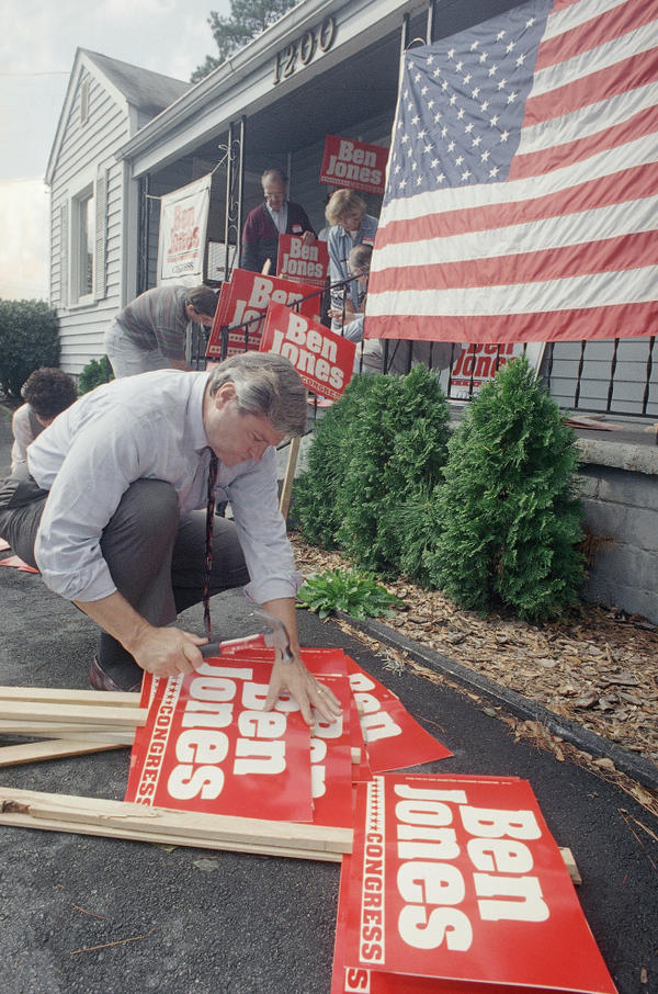 "Supporters put together signs for Jones' campaign in 1994, an effort Jones describes as ""quixotic."""