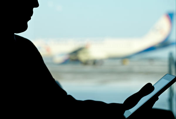 The Federal Aviation Administration is under pressure to allow more widespread use of e-readers on commercial flights — including during takeoff and landing.