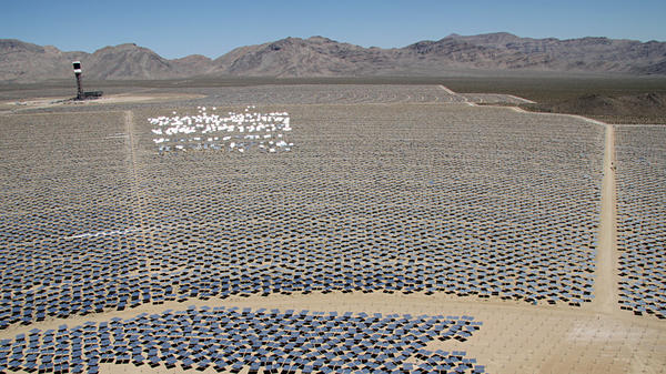 The Ivanpah solar project in California's Mojave Desert will be the largest solar power plant of its kind in the world.