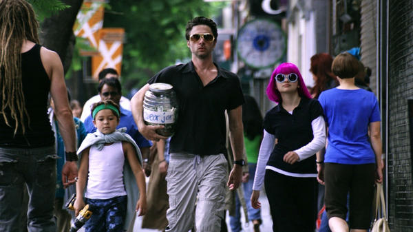 In <em>Wish I Was Here</em>, Braff plays a father who embarks on a chaotic attempt to home-school his kids, Tucker (Pierce Gagnon ) and Grace (Joey King).