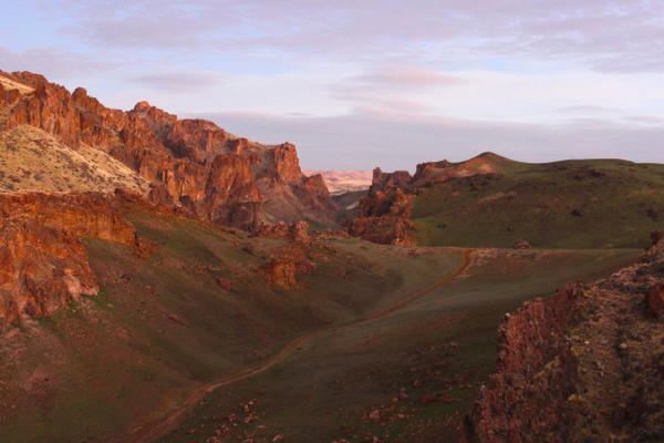 <p>Residents and conservationists disagree over what should be done to protect the Owyhee region in southeastern Oregon.</p>