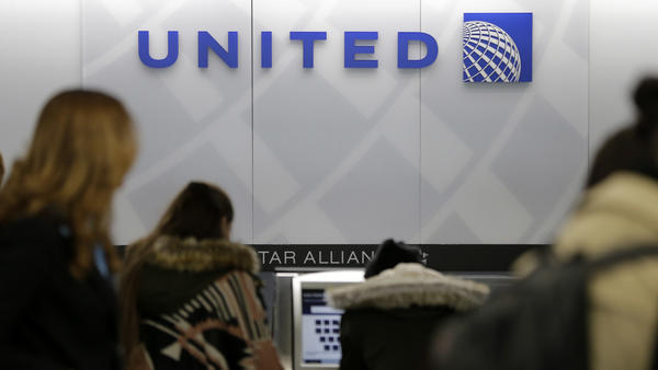 After a passenger was dragged off a full flight on Sunday, United has had to do damage control, to the delight of some competitors.