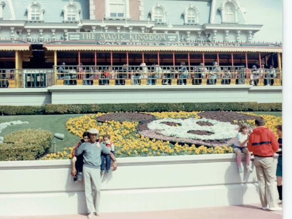Sostre, then a fugitive, with his sons at Disney World.