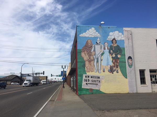 A Wizard of Oz mural honors Grand Rapids, Minn.-native Judy Garland.
