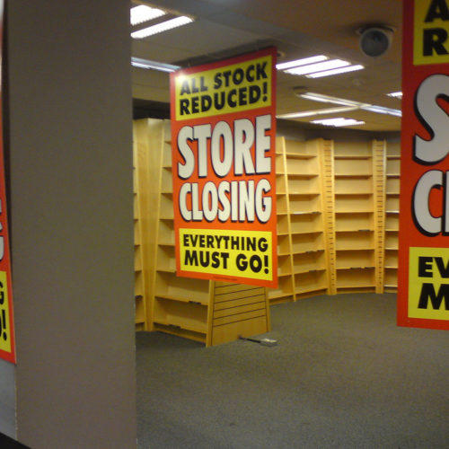 Retail stores are closing at an apocalyptic speed, according to Atlantic senior editor Derek Thompson.