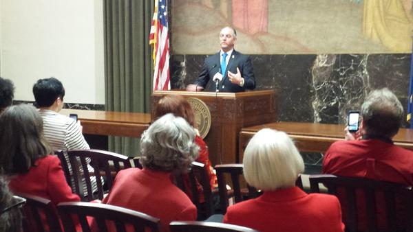 "American Association of University Women meet with the governor on ""Equal Pay Day"", 4-20"